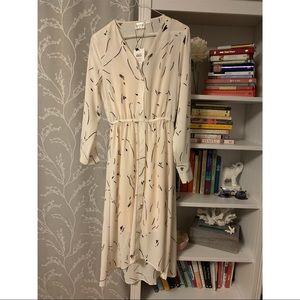 NWT Vero Moda printed long-sleeve midi dress.